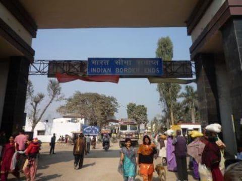 インドへの国境を越える人たち